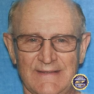 Tennessee man, 70, sought for murders of two duck hunters